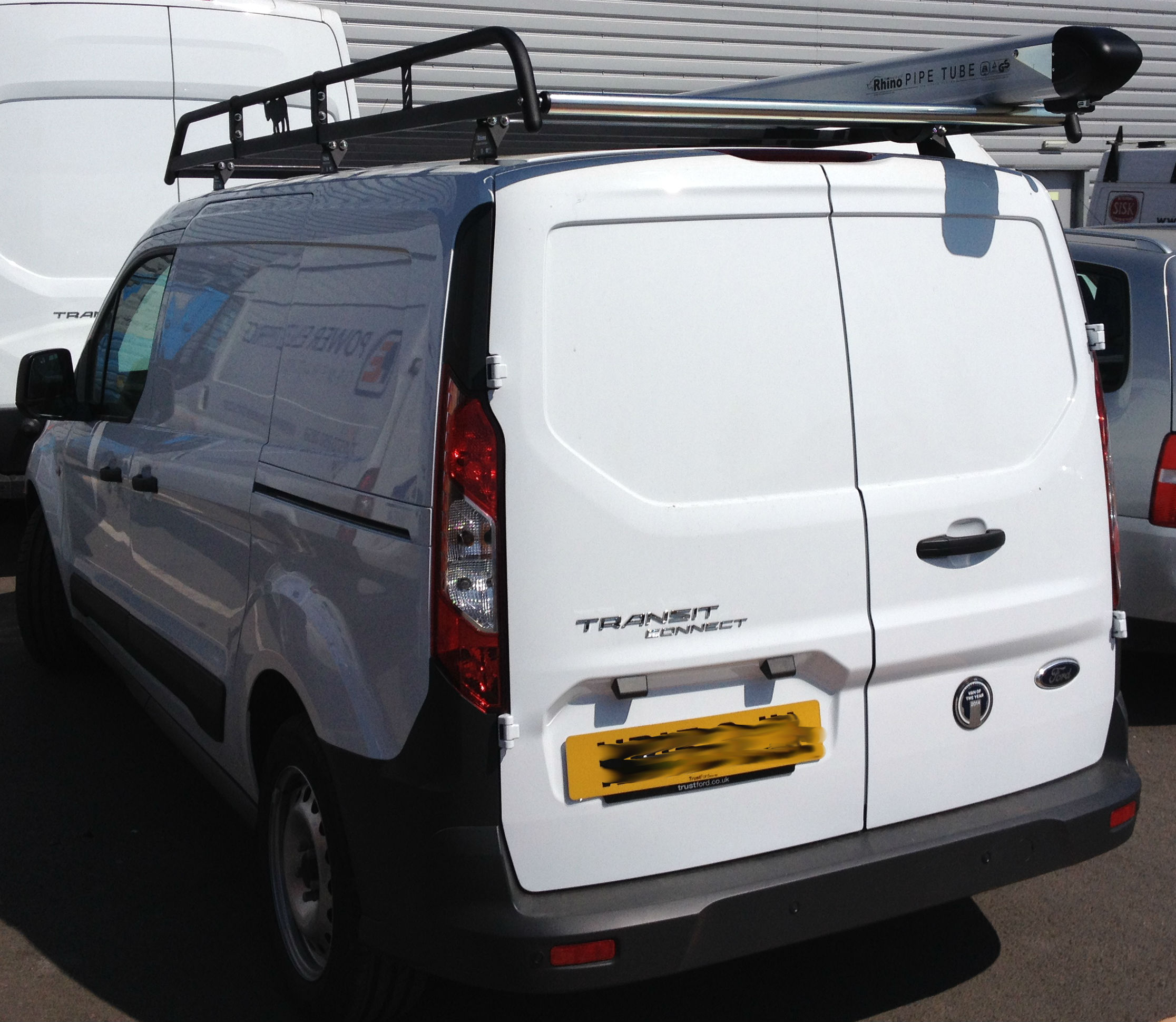 Ford-Transit-Connect-Mod-Rack-and-PipeTube-2-lYAHPB.jpg