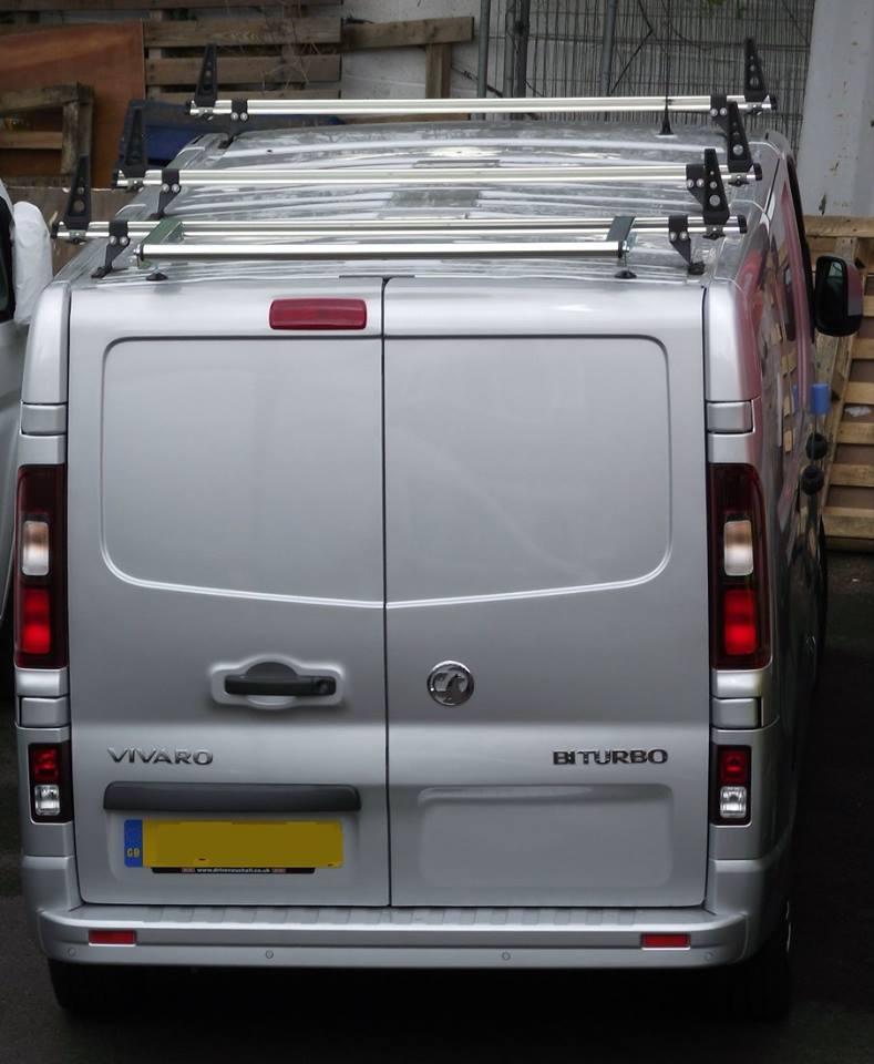 Vauxhall-Vivaro-Load-stops-3-delta-bars-and-rear-roller-3.jpg
